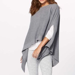 Lululemon | Forward Flow Cape